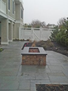 Outdoor living spaces for custom homes